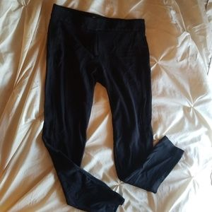 Loft leggings, black.